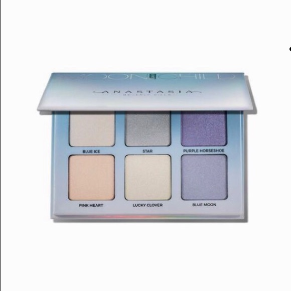 Anastasia Beverly Hills Other - anastasia beverly hills Glow Kit ( MOON CHILD )